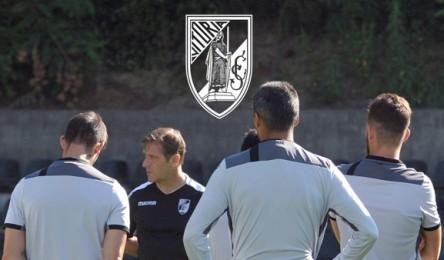 O Vitória irá disputar o último jogo de preparação diante do Sporting. A  partida tem data marcada para 26 de Julho a35e1799dc676